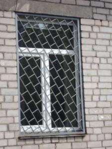 производство решеткок на окна металлических