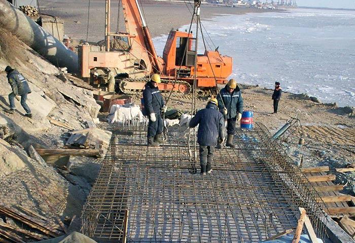 берегоукрепление, шпунт, шпунтовые сваи, вибропогружение, гидротехническое строительство, набережная, шпунтовая стенка, шпунт ларсена