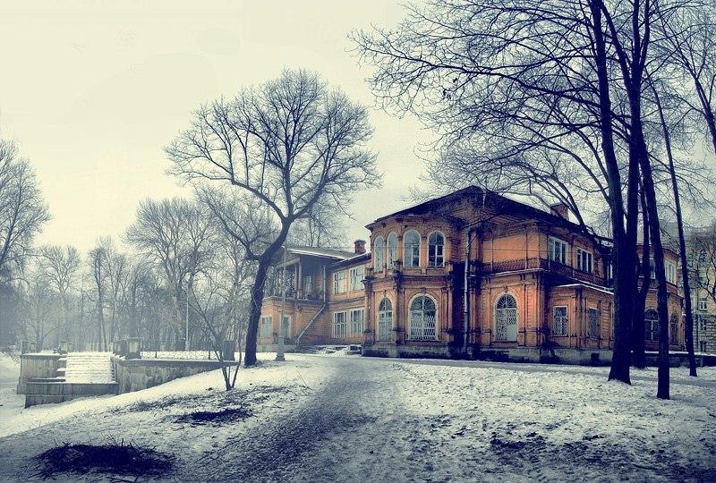 Дача Громова, нуждается в срочной реставрации